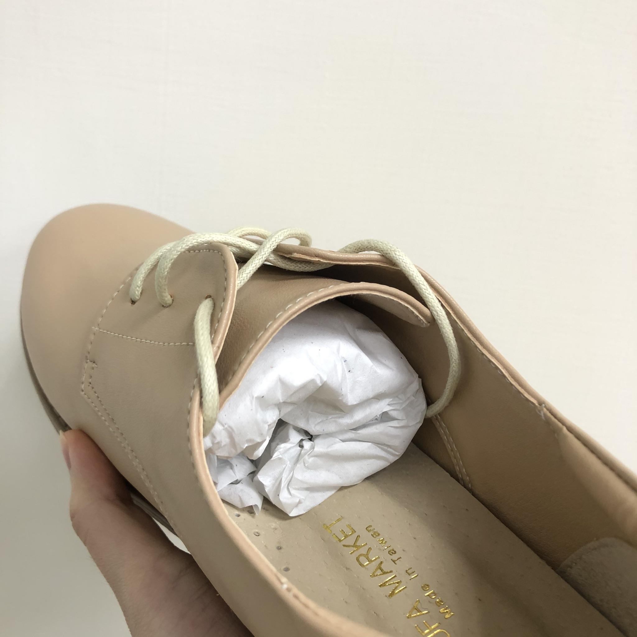 新鞋塞紙團