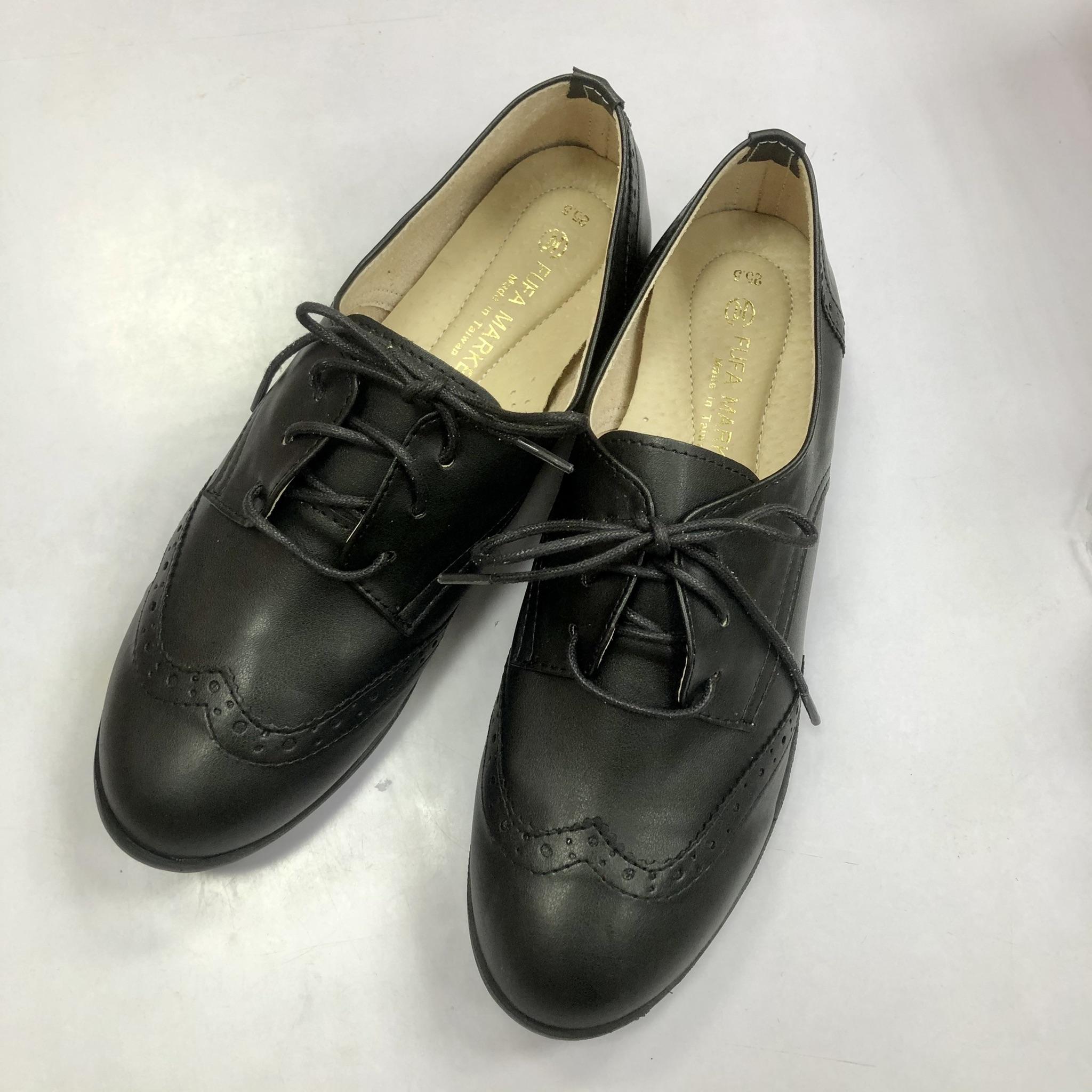 雕花牛津鞋低跟鞋