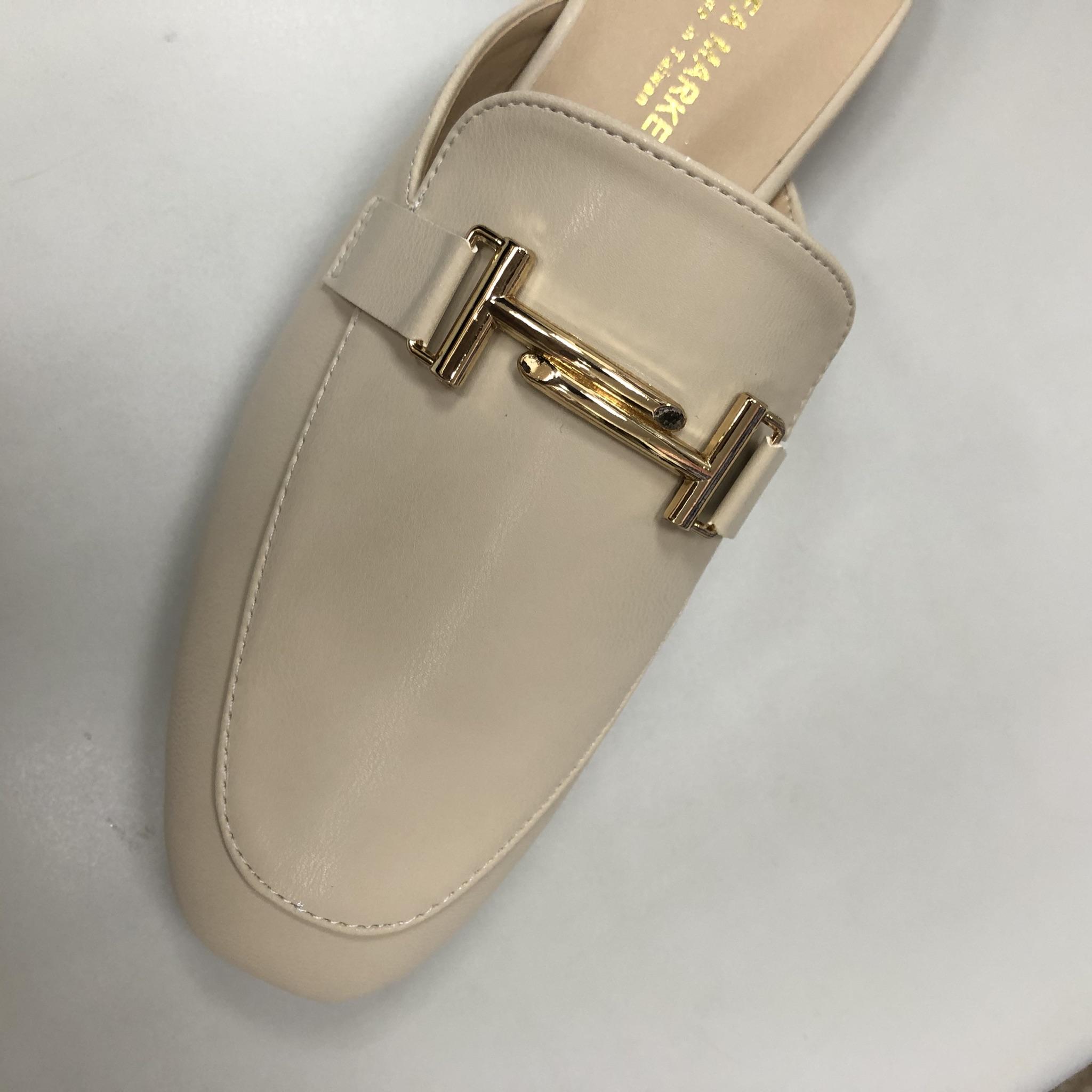 鞋子構造_穆勒鞋鞋面